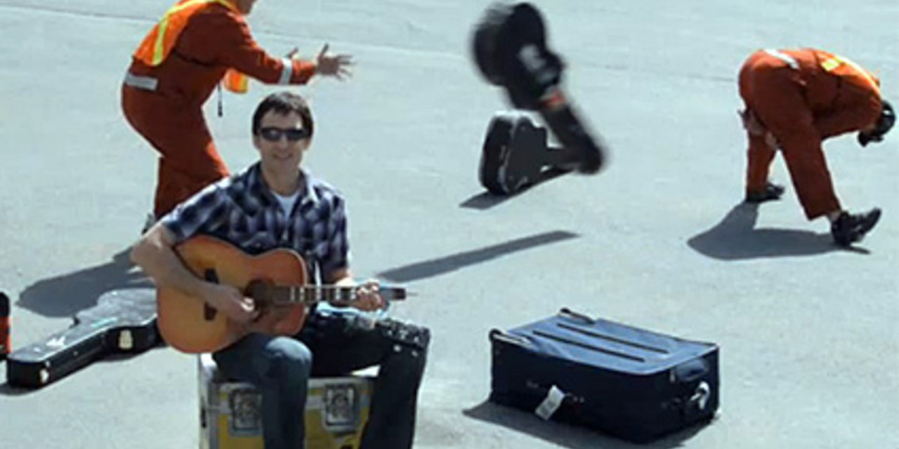 Crisis en redes sociales: United breaks guitars